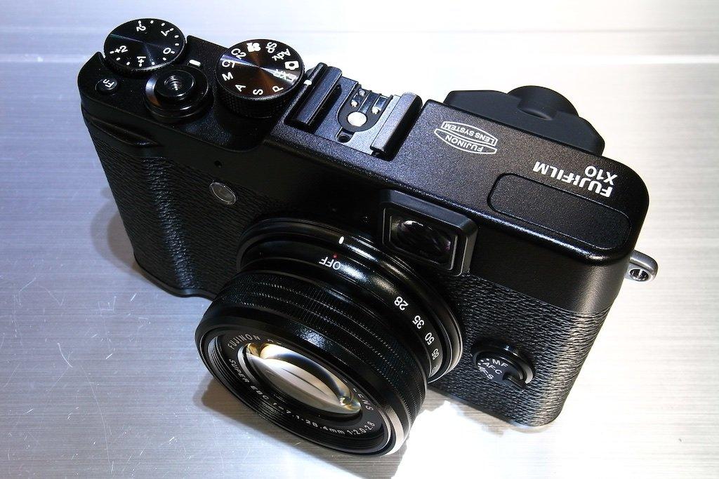 FujiFilm X10 Digitalcamera camera